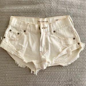 Bullhead denim Co White Slouchy shorts Size 00
